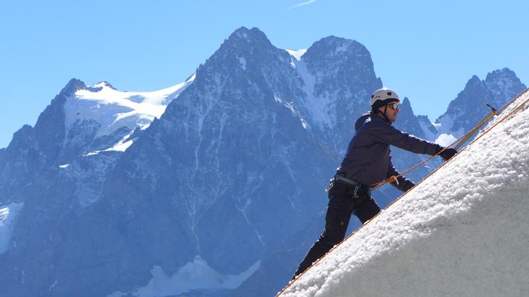 Niels mountain hr 2 745x419